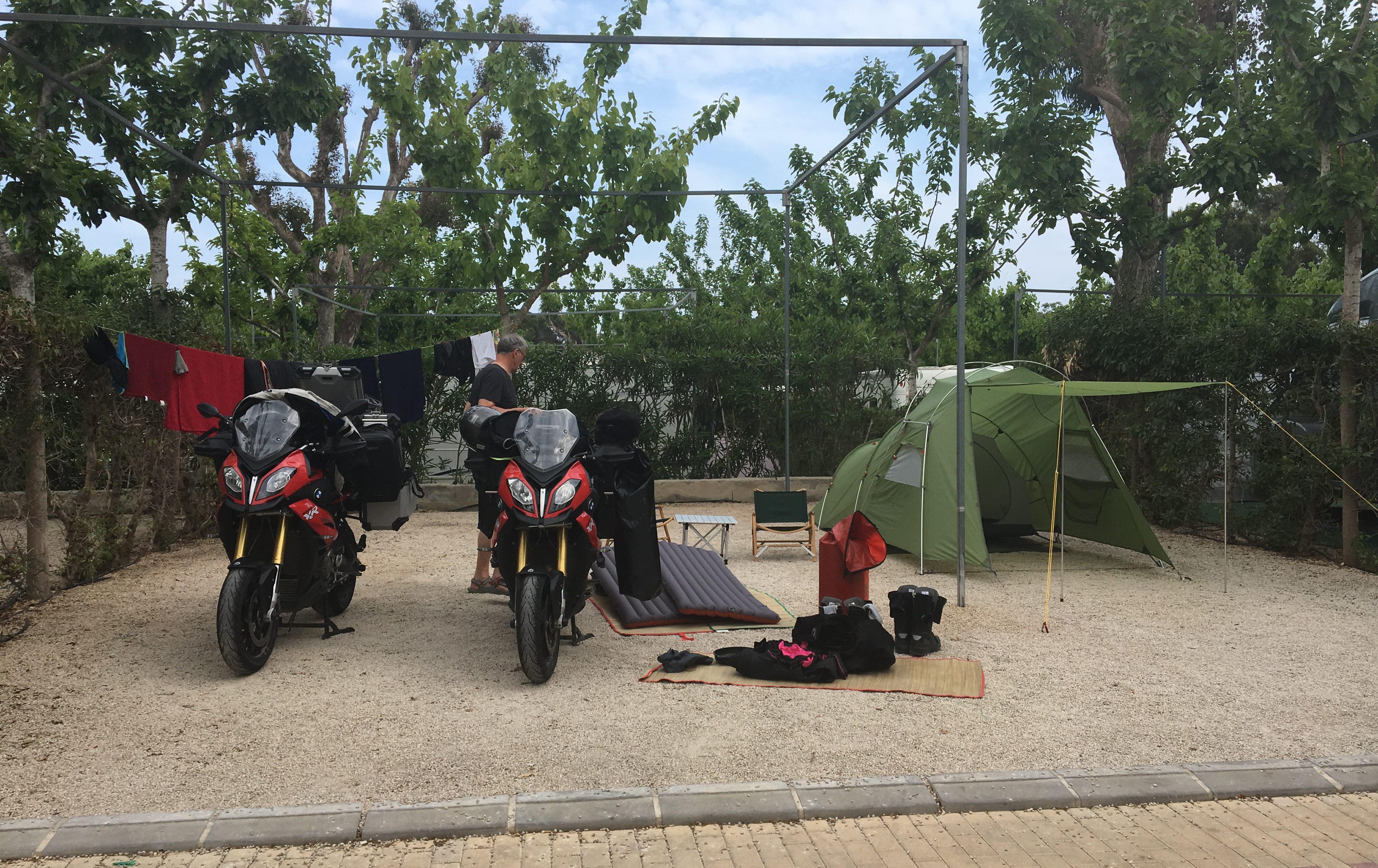 Erstmal alles trocknen, Camping La Marina