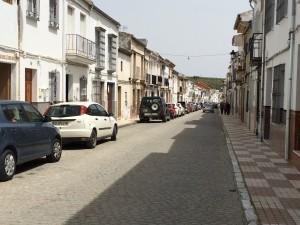Ortsdurchfahrt El Saucejo, einem der weißen Dörfer
