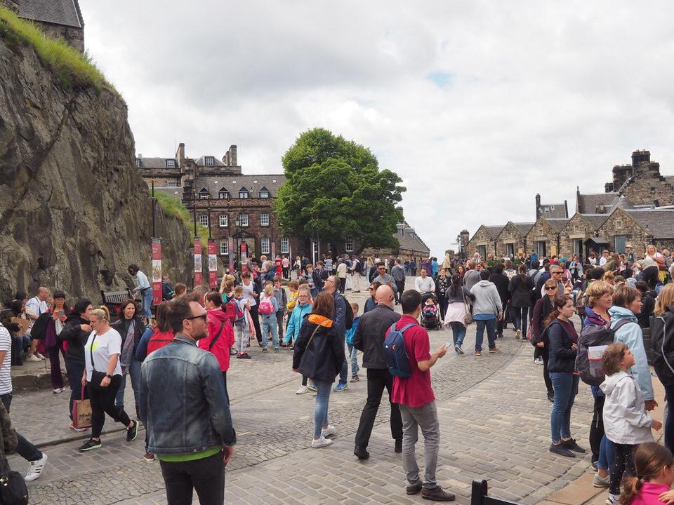 Wir sind nicht alleine im Edinburgh Castle
