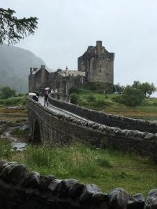 Highlander-Castle im Regen