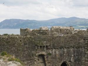 Burg in Beaumaris mit Blick auf die Bucht