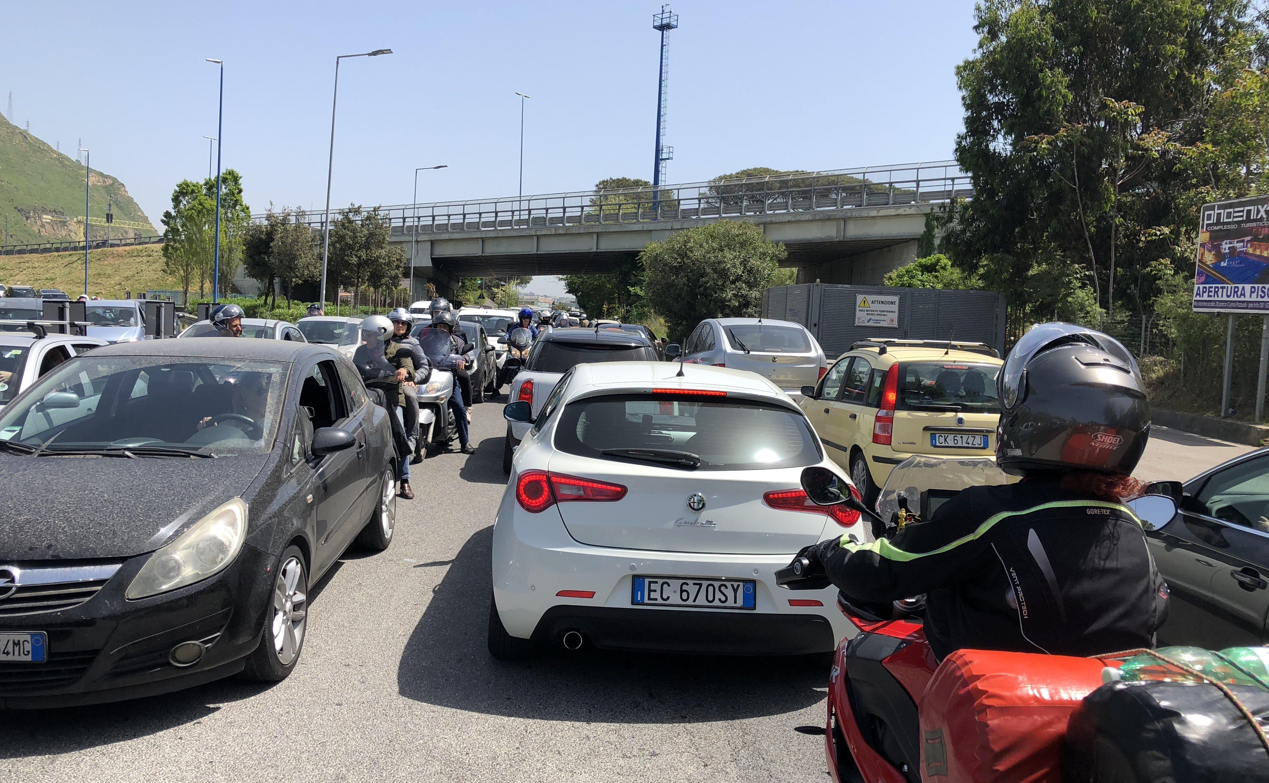 Allgemeine Verkehrslage in Neapel