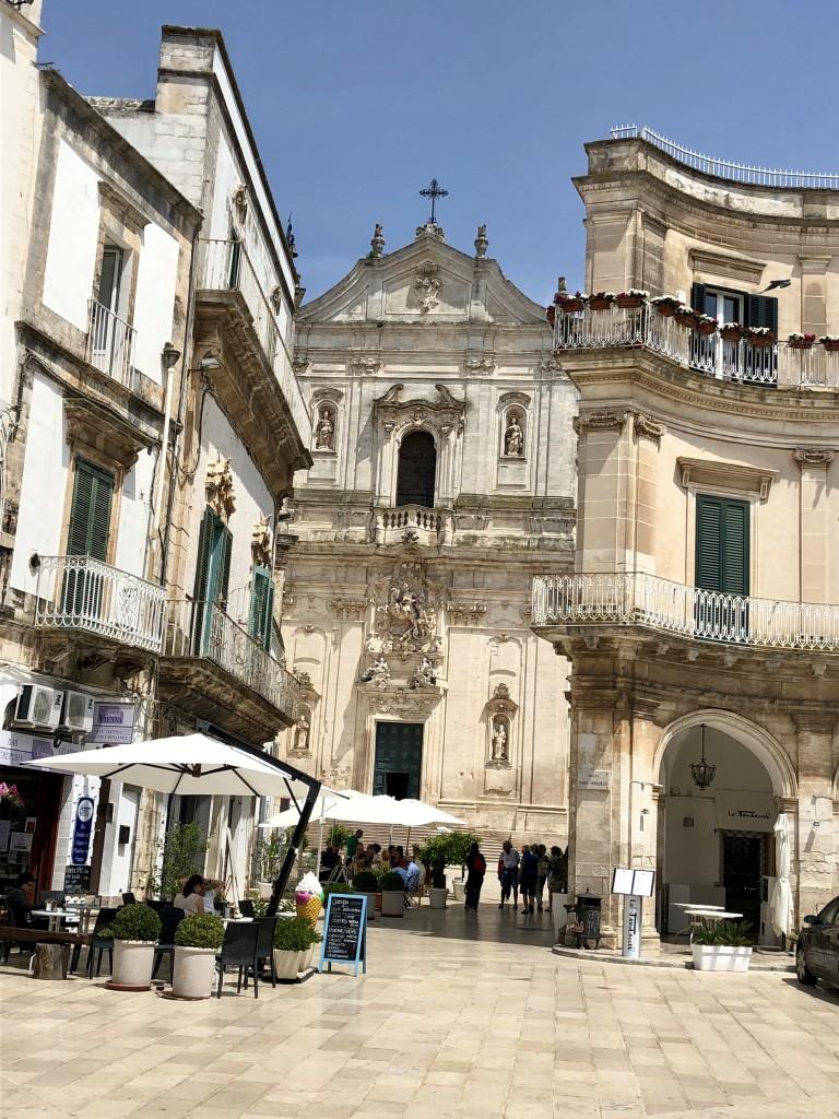 Blick auf die Basilica di San Martino in Martina Franca