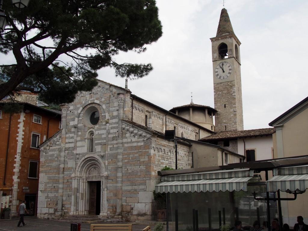 Chiesa di Sant'Andrea Apostolo, Kirche aus dem 12. Jh. in Toscolana Maderno