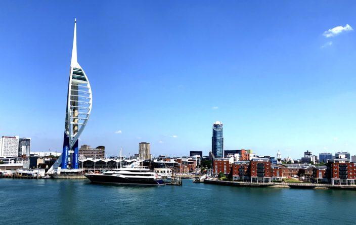 Einlaufen in Portsmouth