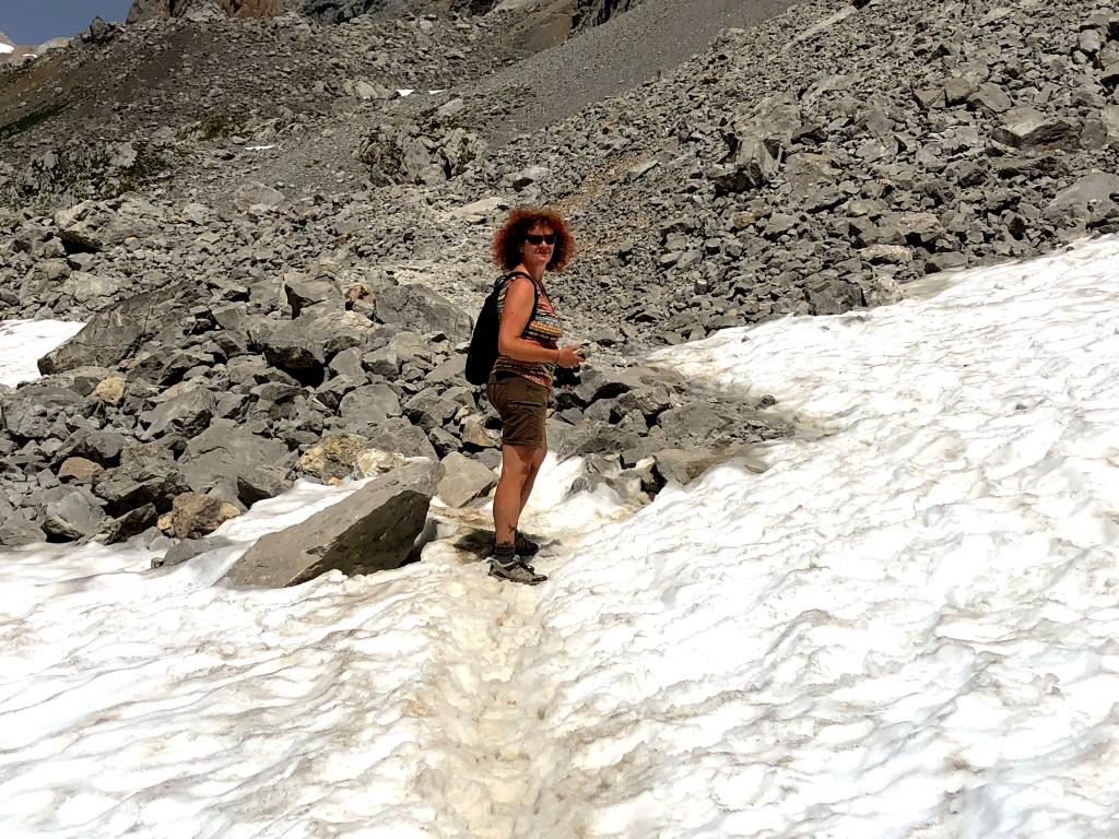 Durch den Schnee zum Gipfel