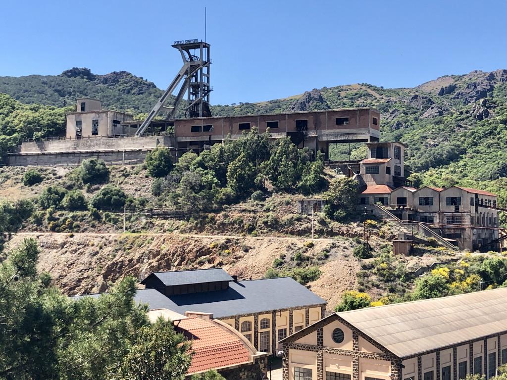 Ehemals eine der größten Mineralminen Italiens, vornehmlich Blei
