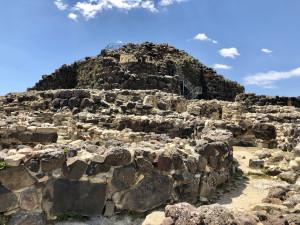 Nuraghe Su Nuraxi - prähistorische Turmbauten