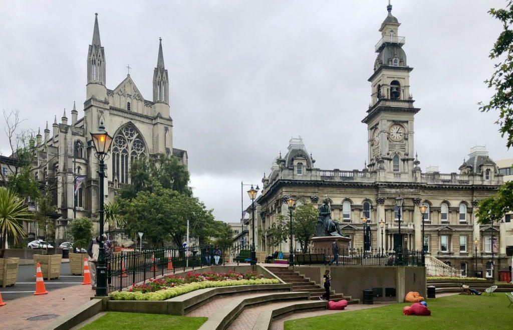 Rathaus und St. Paul's Cathdral