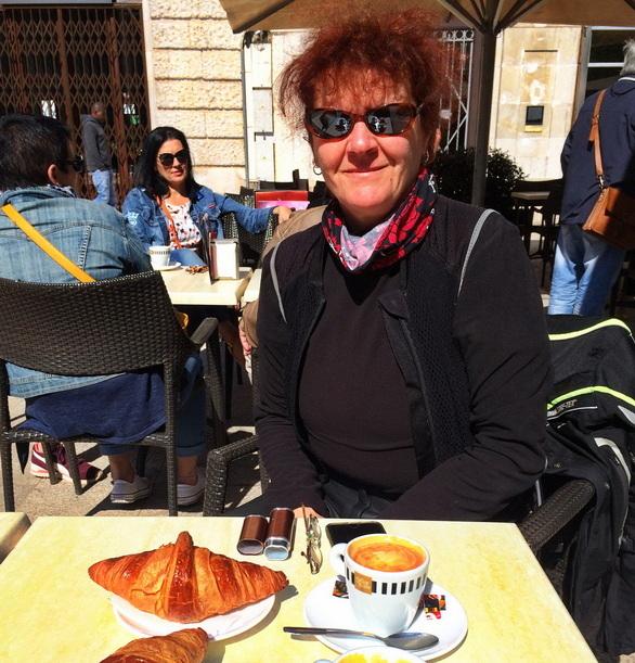 Café con leche in Figueres