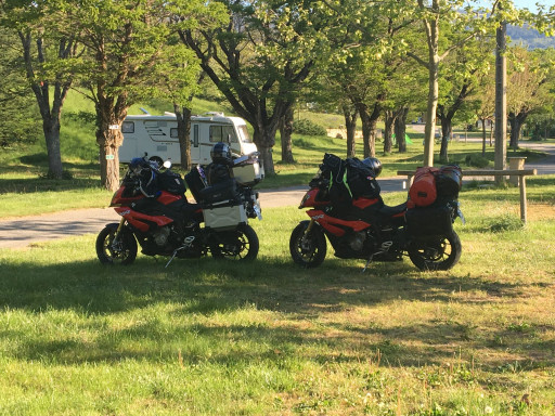 Volle Ladung am Ardèche Camping in Privas