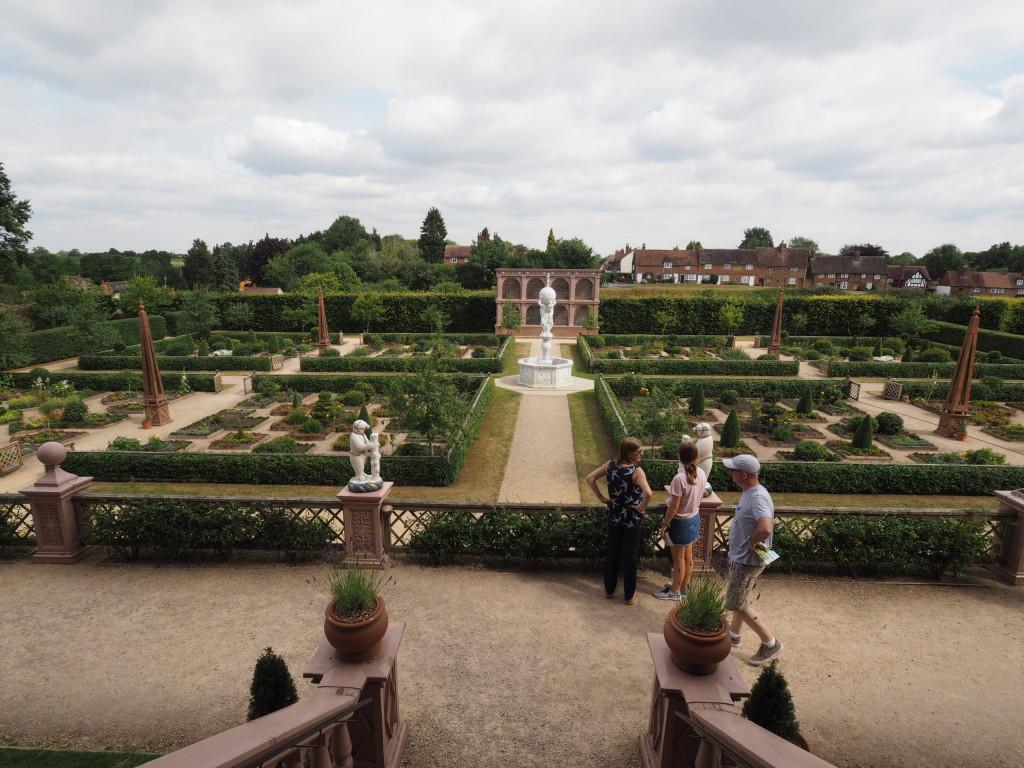 Elisabethanische Knotengärten auf Kenilworth Castle