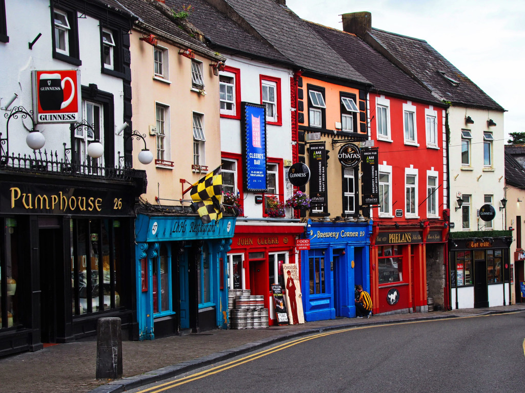 Viele Pubs in Kilkenny