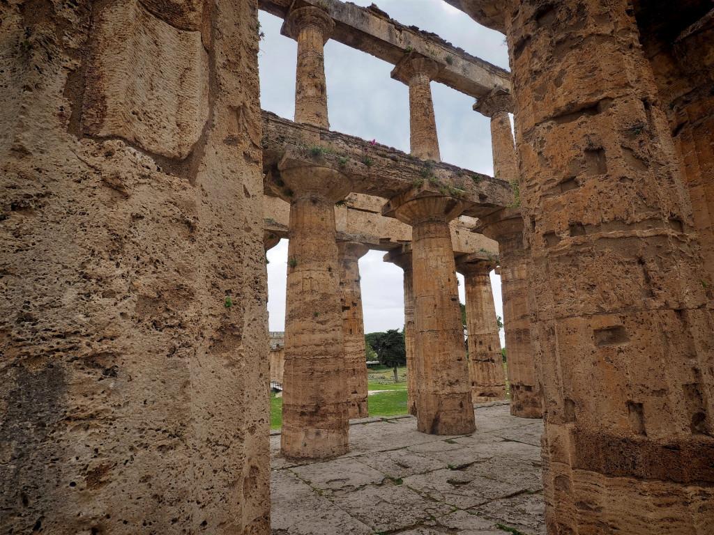 Dorischen Säulen des Poseidon-Tempels in Paestum