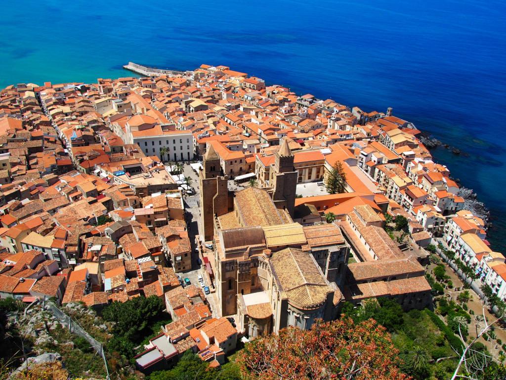 Altstadt von Cefalù mit Kathedrale