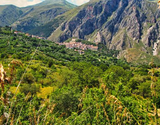 Blick auf den Ort Gibilmanna