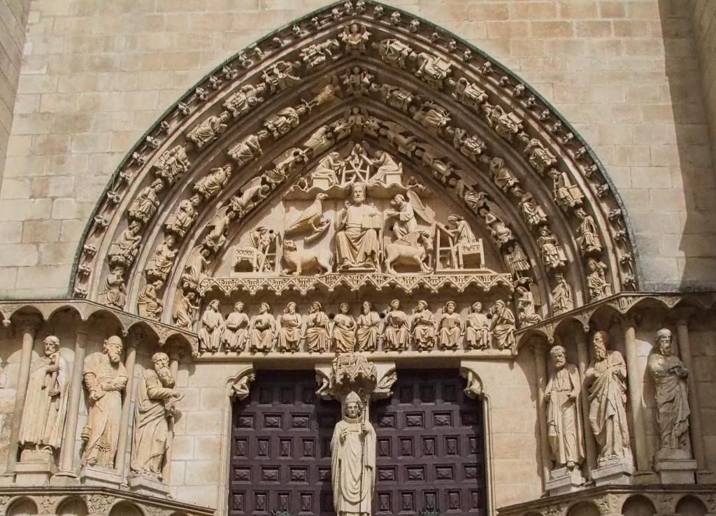 Sarmental-Portal am südlichen Querhaus