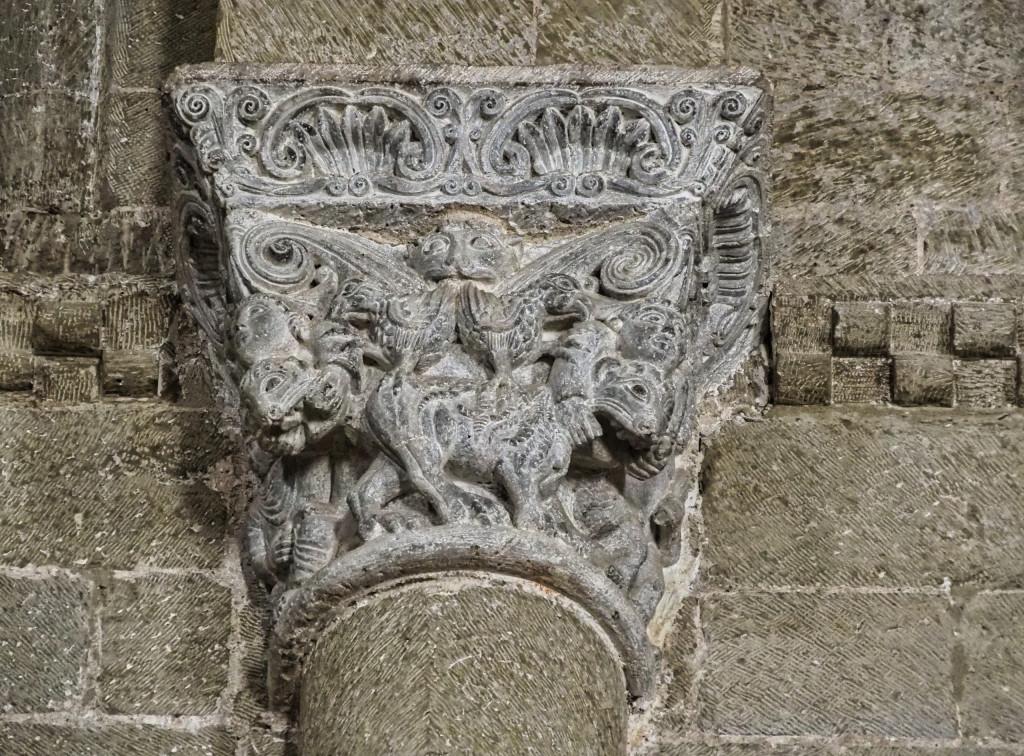 Castillo de Loarre - Kapitel mit Bezug zu Daniel in Löwengrube aus dem Alten Testament
