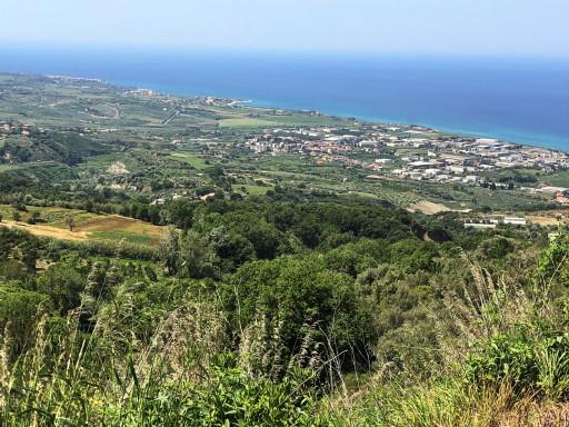 Aussicht vom Ort Vibo Valentia auf den Golf von Sant' Eufemilia