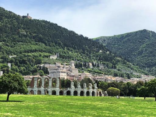 Blick auf die Stadt Gubbio