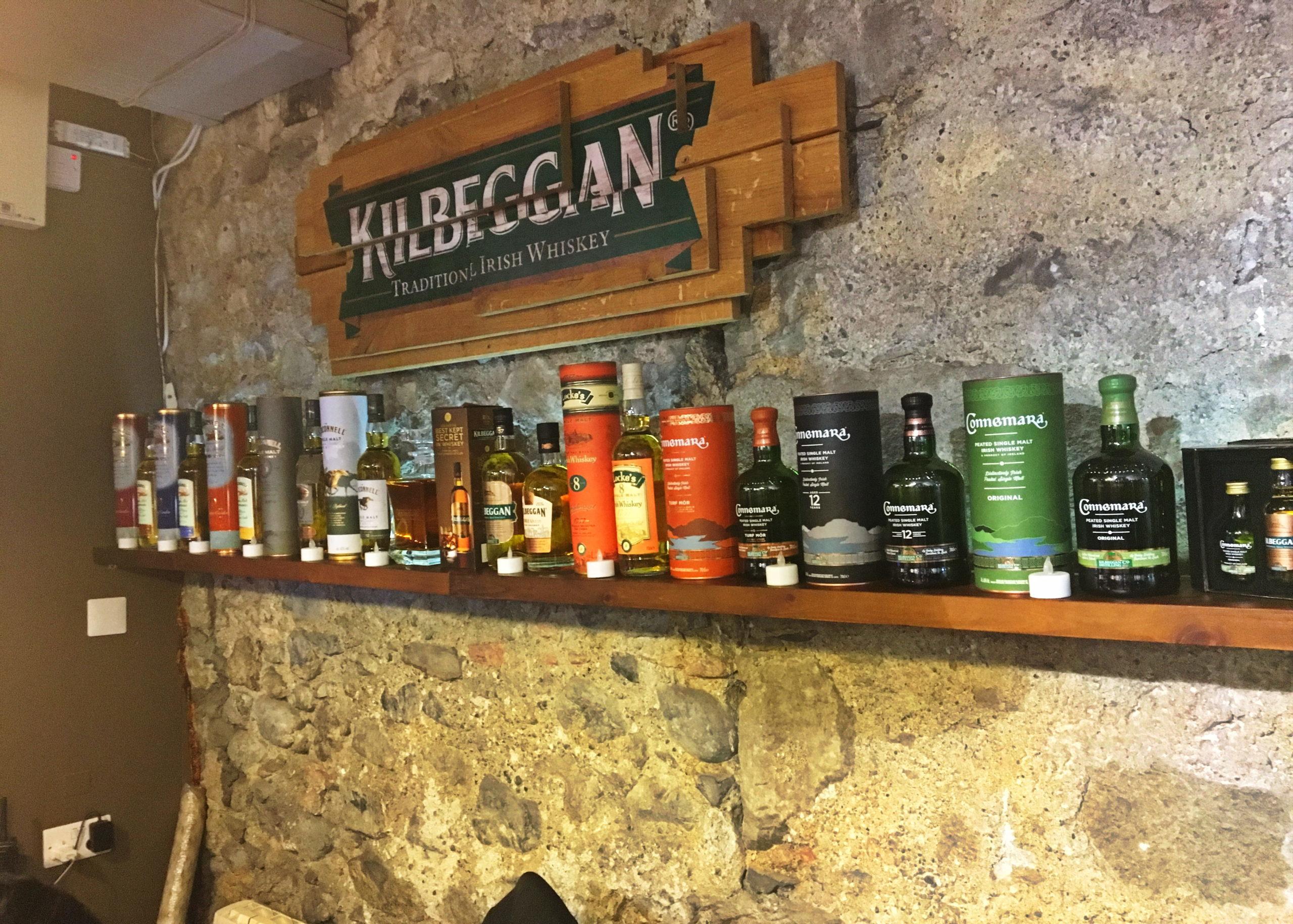 Whiskeys aus der Kilbeggan Distillery