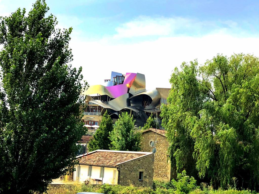 Eine Bodega im modernen Gewand in Elciego
