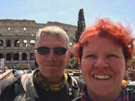 Wir am Colosseum