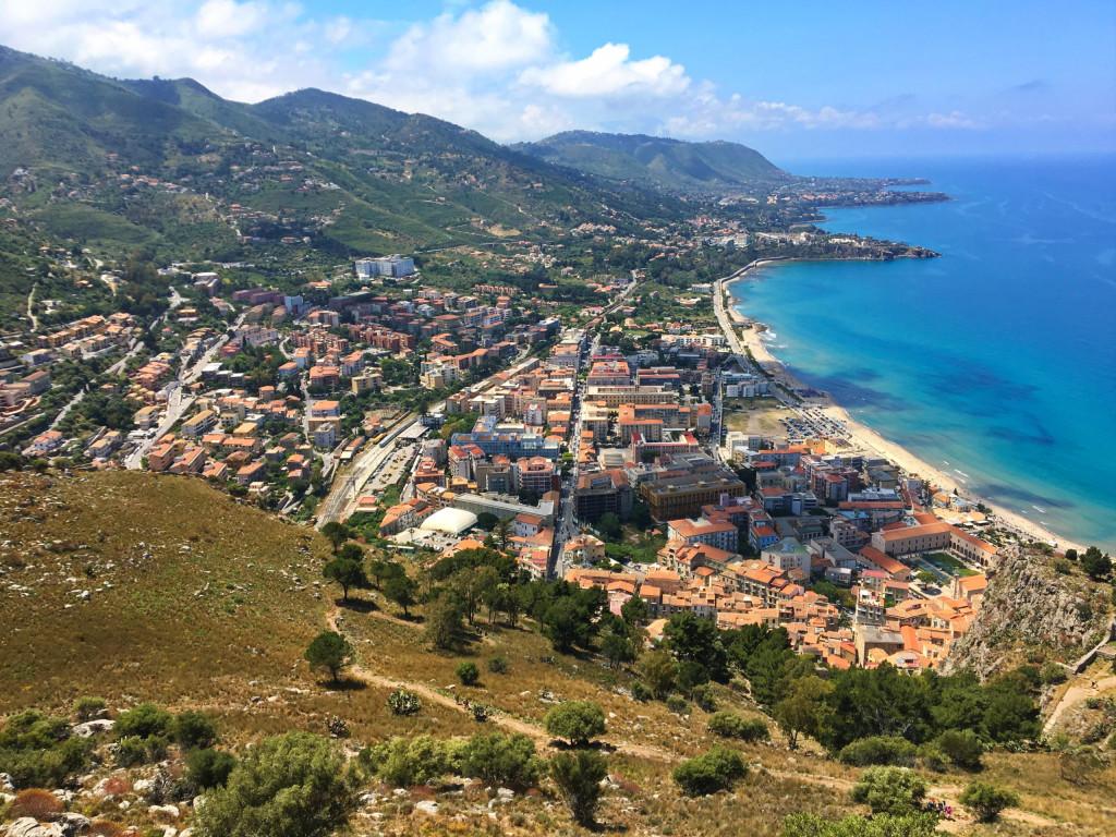 Badestrand von Cefalù und Aufstieg zum La Rocca