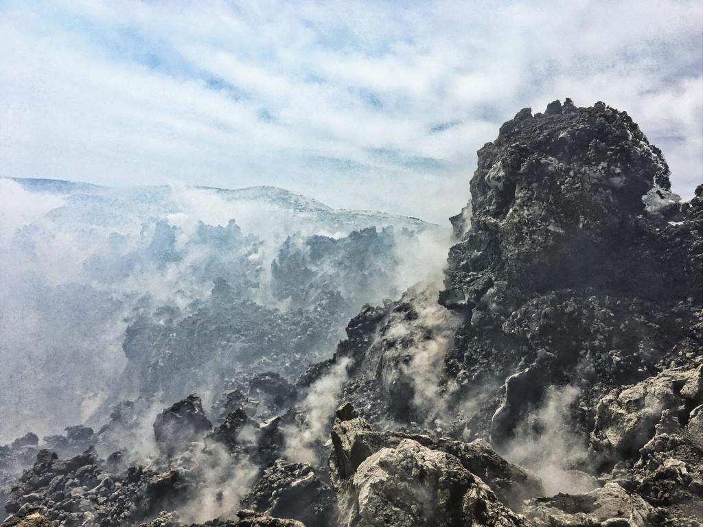 Am Kraterrand