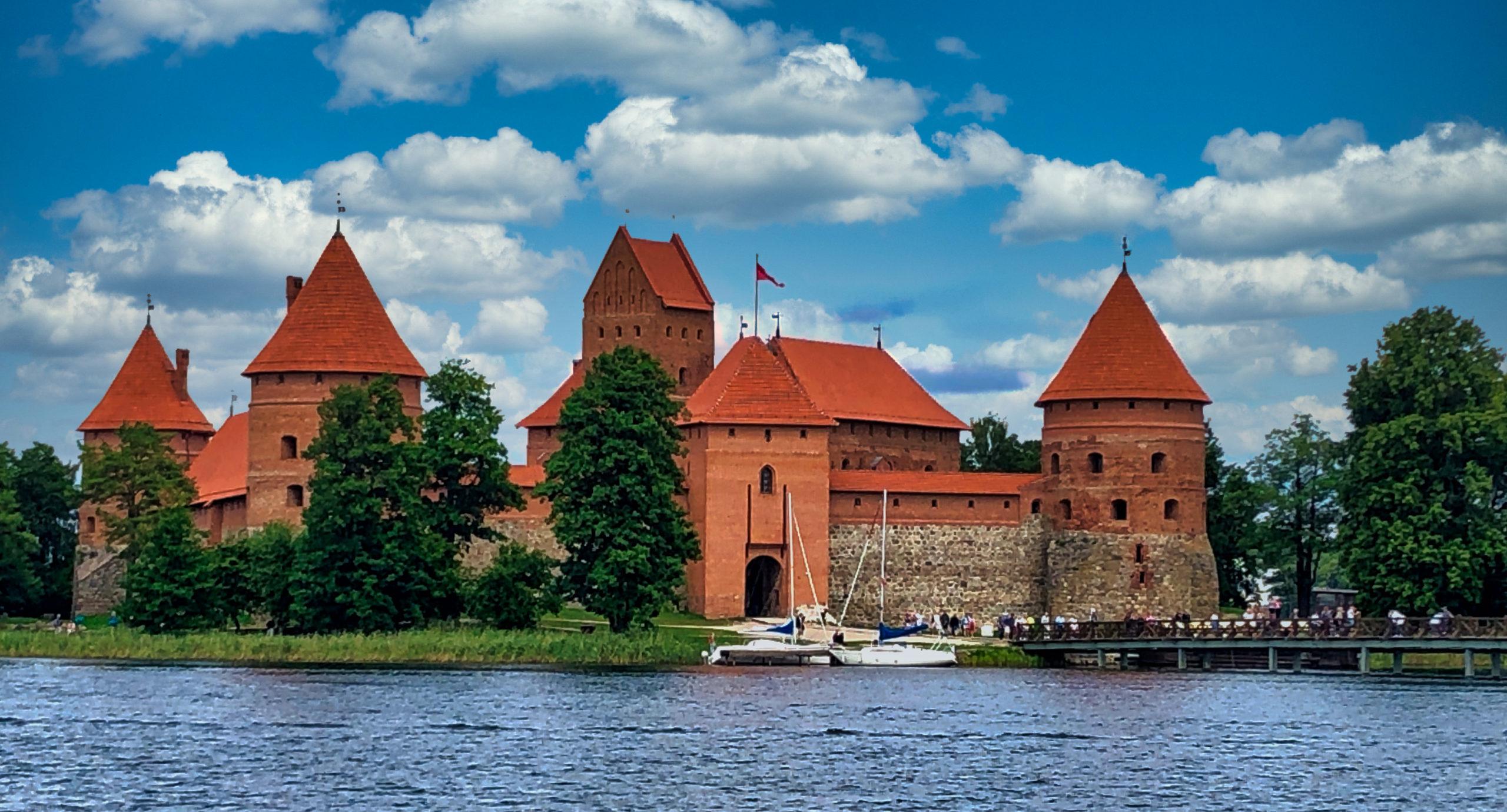 Burg Trakai, eine der bekanntesten Sehenswürdigkeiten in Litauen