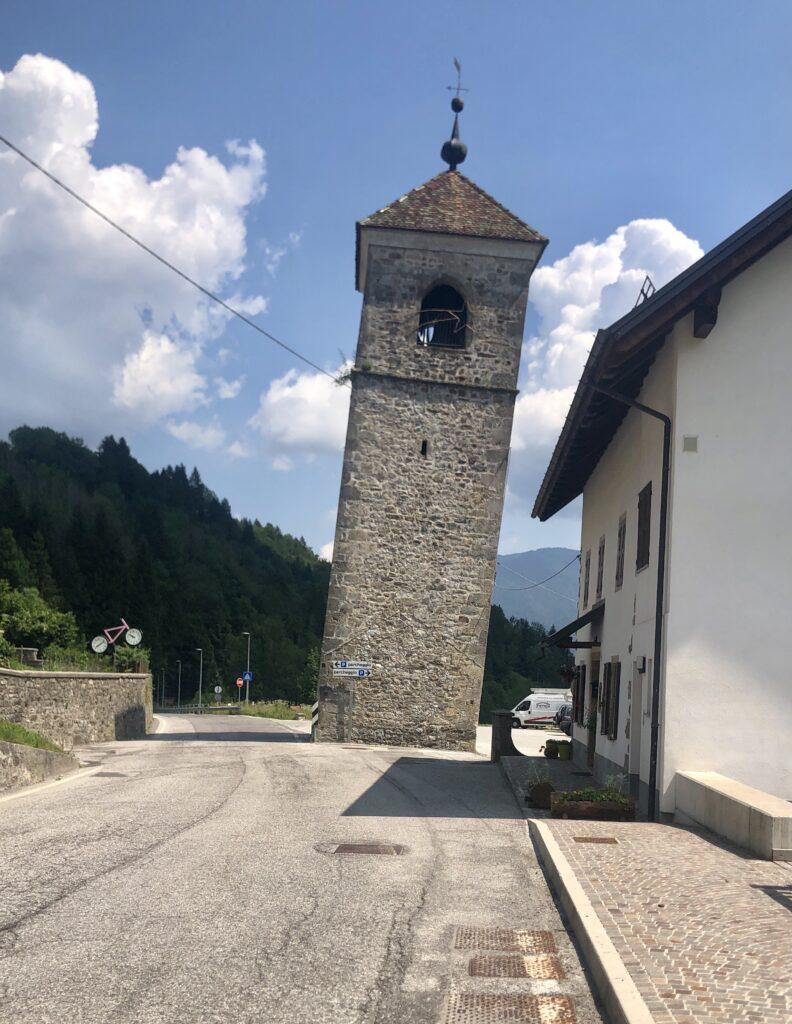 Turm in Prato Carnico
