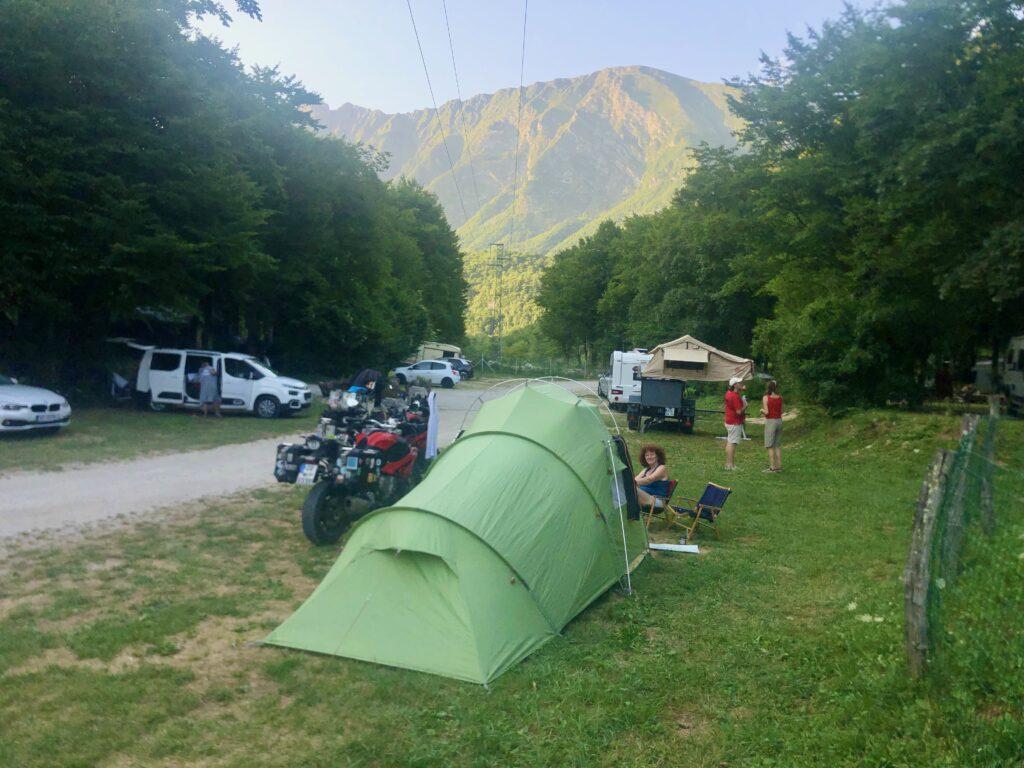 Blick vom CP Kamp Koren, nahe Kobarid, auf die Julischen Alpen