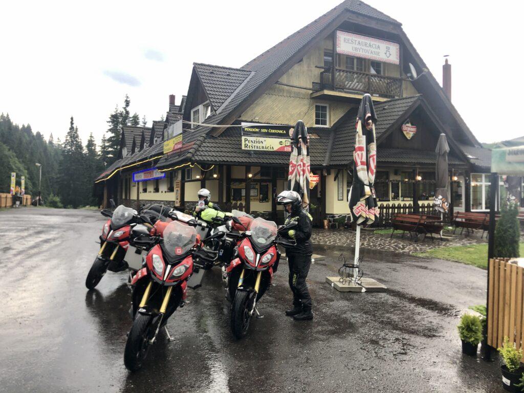 Regen am Čertovica-Pass