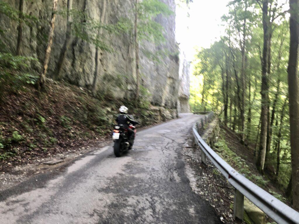 Anfahrt zum Wandergebiet Ebnit