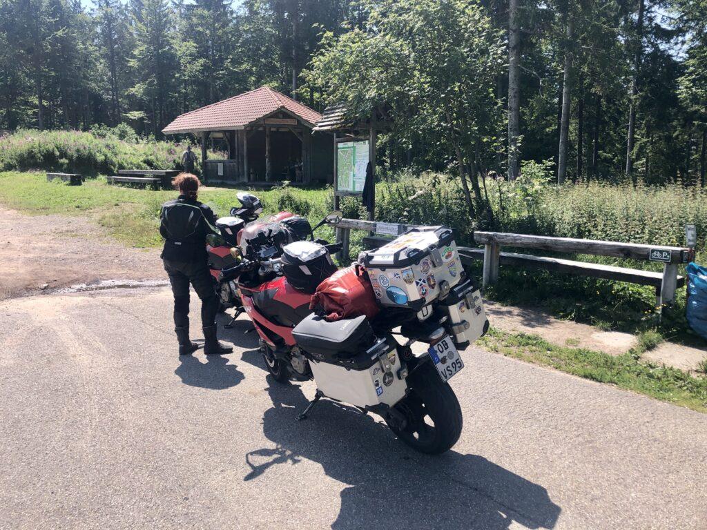 Erster Anlaufpunkt: Kreuzweg-Pass